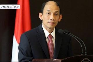 Menteri ESDM Arcandra Tahar Diberhentikan, Salah Siapa?