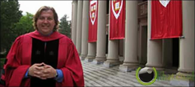 Benjamin Bolger, 11 gelar dari universitas bergengsi