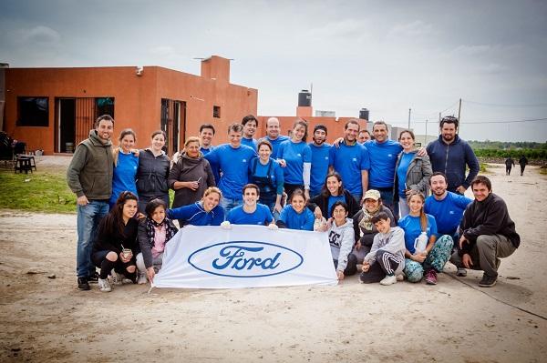 Ford y Vivienda Digna