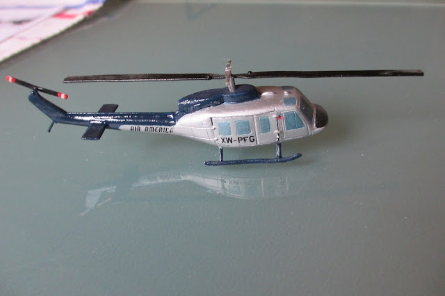 1/144 Bell Uh-1 Huey Air America diecast helicopter