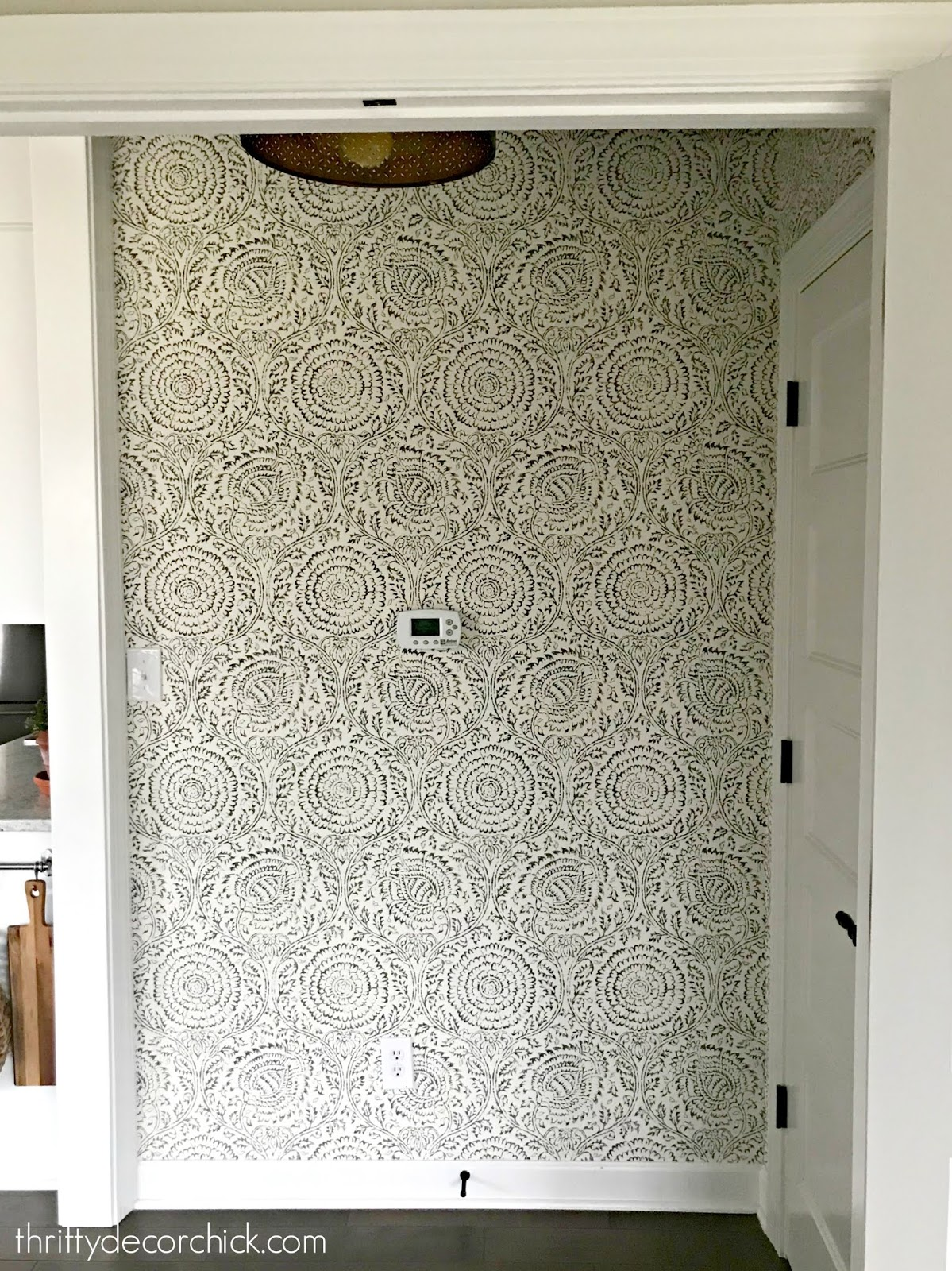 I Hung Wallpaper And Survived From Thrifty Decor Chick