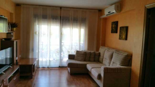 piso en venta calle columbretes castellon salon1