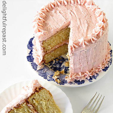 Orange Vanilla Butter Cake with Fresh Strawberry Frosting / www.delightfulrepast.com