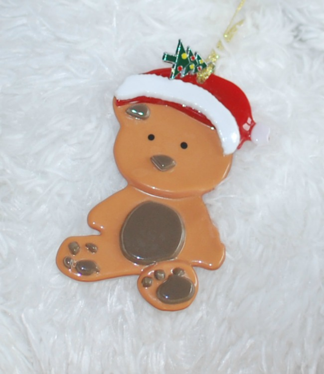 Handmade-not-homemade-Christmas-gift-guide-Glasspirations-bespoke-Christmas-decoration
