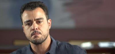 Joaquim (Joaquim Lopes) vai romper o casamento nos próximos capítulos de Malhação