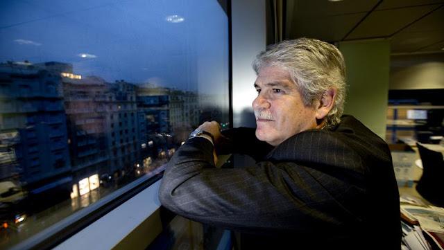 """O ministro espanhol das Relações Exteriores, Alfonso Dastis, negou que o movimento de seu governo para reafirmar o controle sobre a Catalunha seja um """"golpe""""."""