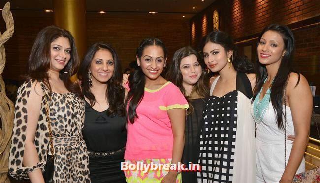 Crystal Dsouza and Karan Thacker, Crystal, Mouli & Mouni  at Easter Celebrations