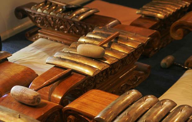 Kebudayaan masyarakat Jawa memang dikenal sebagai kebudayaan termaju di antara suku 10 Alat Musik Tradisional Jawa Tengah, Gambar, dan Keterangannya
