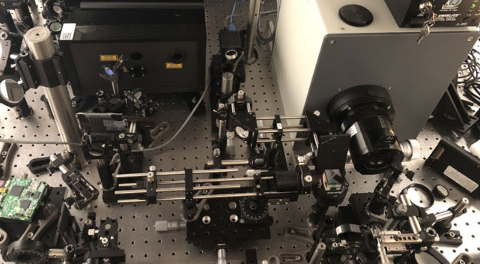La fotocamera più veloce del mondo cattura il movimento della luce.
