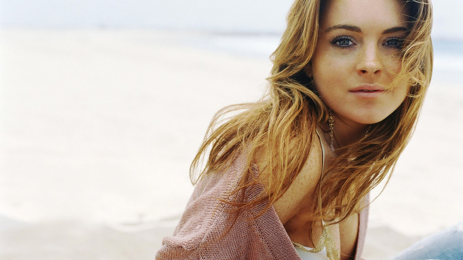 top wallpapers young lindsay - photo #19