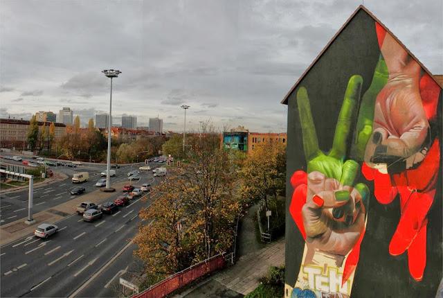 Street Art Mural By German Artist Case On The Streets of Erfurt, Germany. 2