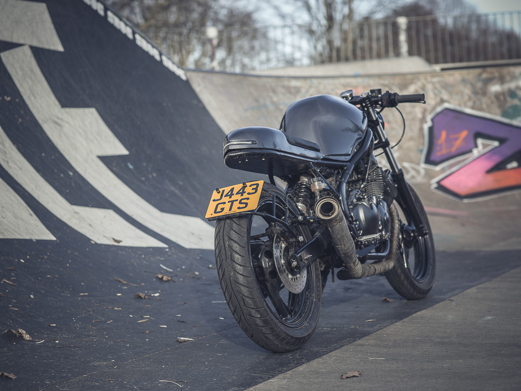 Beliebt Take the Red Pill - JM Customs XJ600 ~ Return of the Cafe Racers TK08