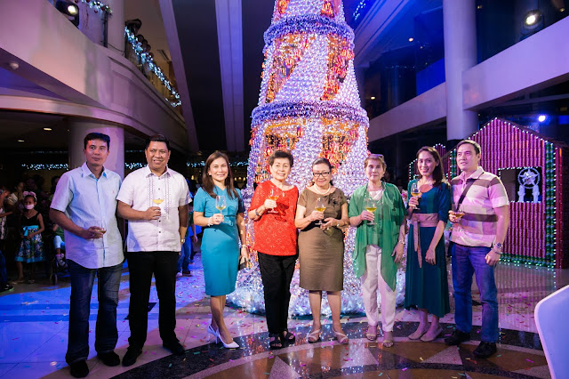 Cebu Parklane's Board of Directors with its General Manager