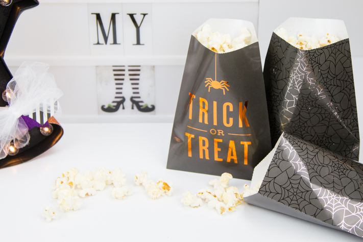 Halloween kids party or classroom decor by @createoften for @heidiswapp
