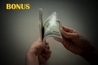 Definisi, Keuntungan Dan Kerugian Bonus Kinerja