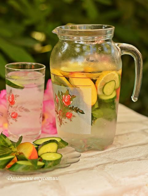 Вода с лимон краставица и мента
