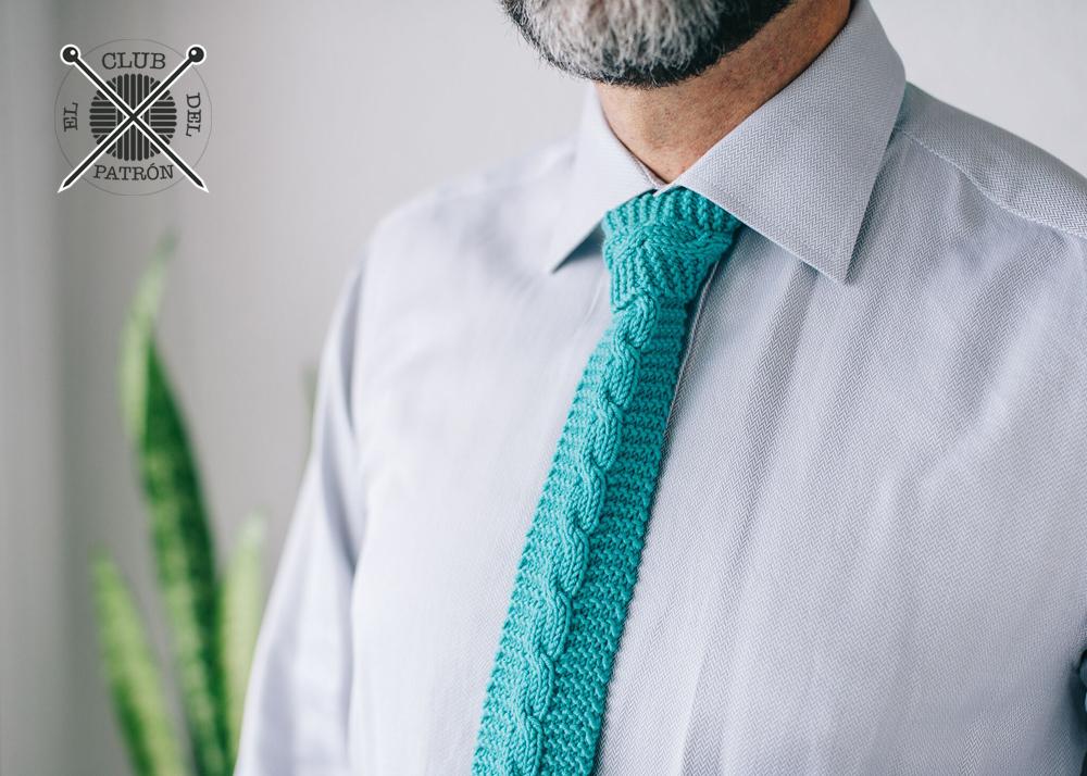 El blog de Dmc: El Club del patrón: corbata de punto con trenza