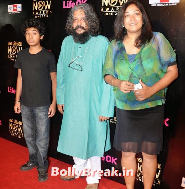 Amol Gupte with his son Partho Gupte and wife Deepa Bhatia, Life OK Now Awards 2014 Red Carpet Pics