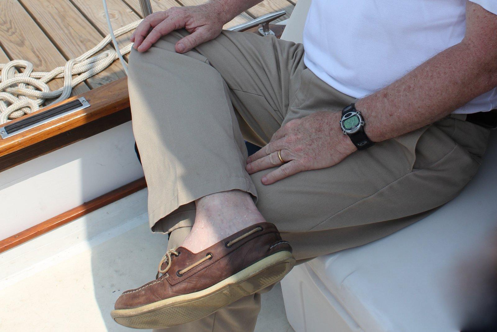 Men S Authentic Original  Eye Boat Shoe On Feet