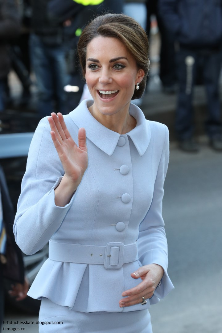 princess kate Have you ever wondered why the duchess of cambridge isn't simply called  princess catherine or princess kate (like princess diana), seeing.
