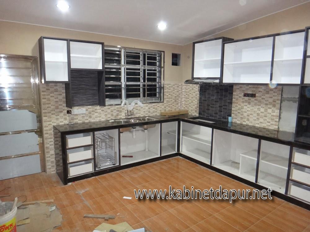 Alamualai Ini Projek Kabinet Dapur Terkini Kami Okt 2017 Table Top Konkrit Tile 2 Kaki Material Melamine Gl Aluminum
