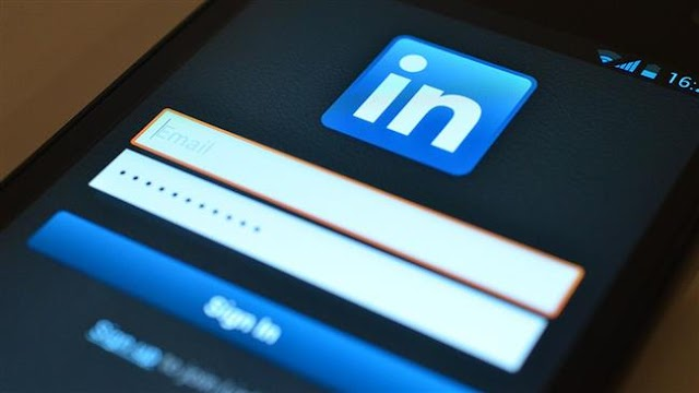 Russian authorities starts blocking LinkedIn over violating data storage laws