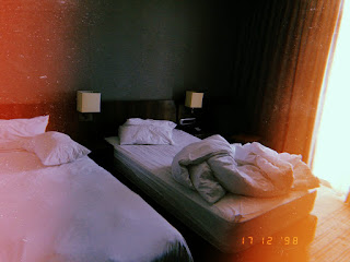 hotels in umhlanga, affordable hotels in durban, holiday in express umhlanga review, south african travel blogger, affordable shotleft, holiday inn express bookings