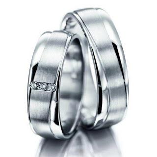 model cincin tunangan perak