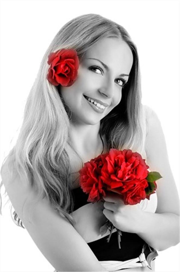 Foto Preto E Branco Com Detalhe Colorido Photoshop Online