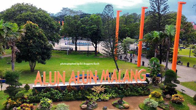 Foto Signboard Alun-alun Kota Malang.