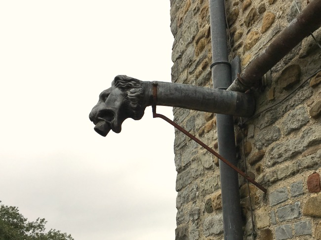 lions-head-water-spout-Cardiff-Castle