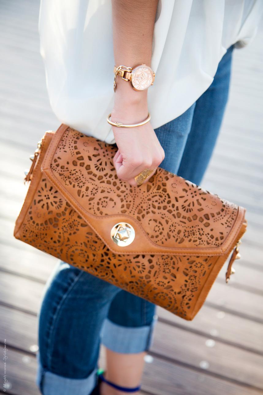 kabelka s vyrezy
