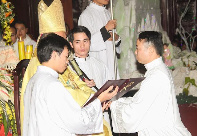 Lễ truyền chức Phó tế và Linh mục tại Giáo phận Lạng Sơn Cao Bằng 27.12.2017 - Ảnh minh hoạ 110