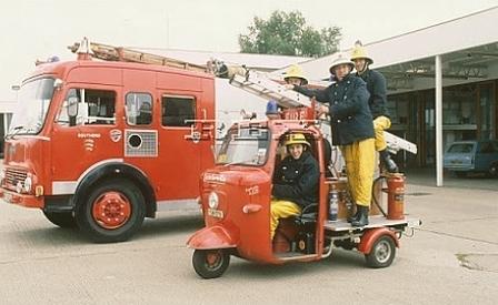 http://retor.blogspot.com/2012/06/lambro-firemen.html