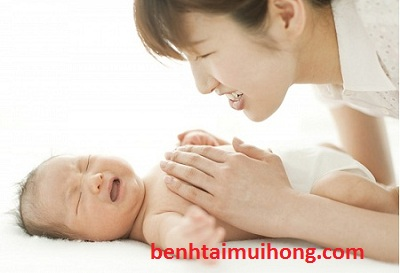 Cách phòng ngừa viêm họng cho trẻ