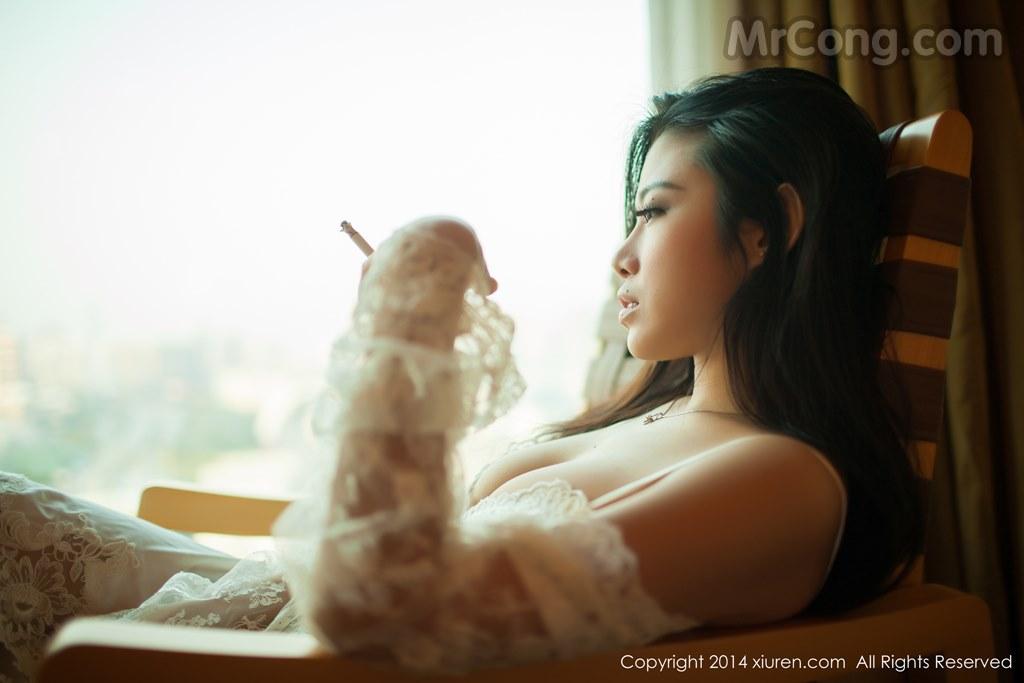Image MrCong.com-XIUREN-No.161-Luvian-Ben-Neng-012 in post XIUREN No.161: Người mẫu Luvian (本能) (51 ảnh)