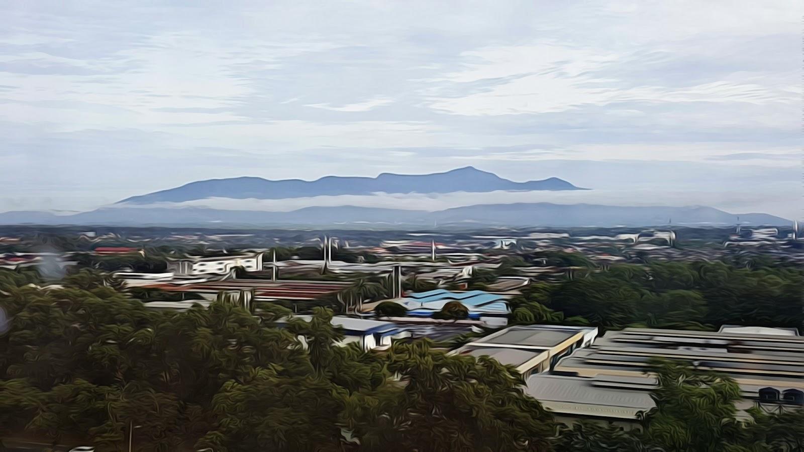 Gunung Jerai pada waktu pagi