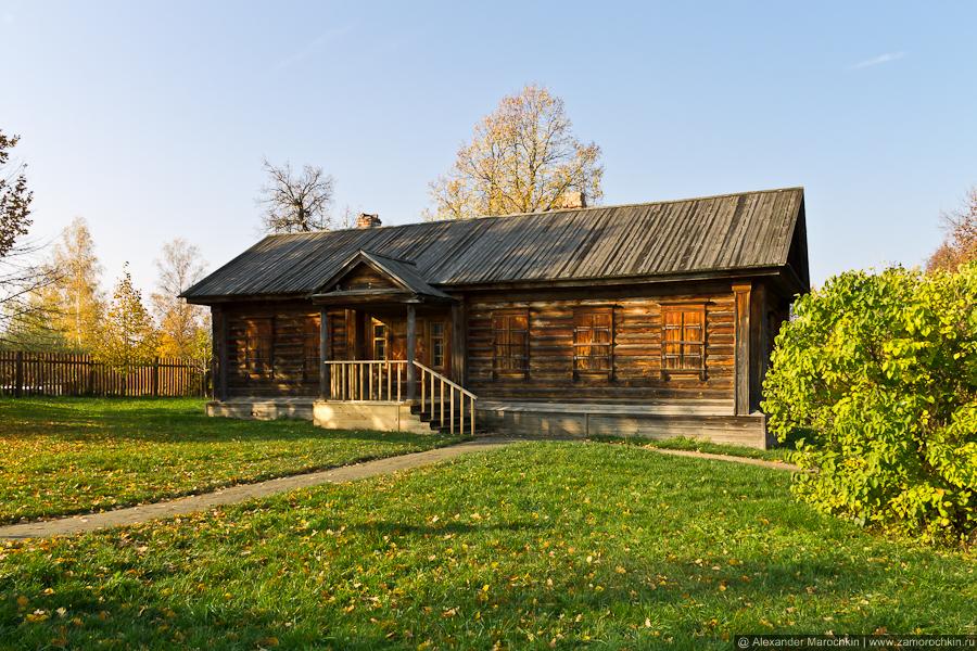Надворные постройки Пушкинской усадьбы в Большом Болдине