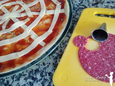 Pizza de arañas para Halloween