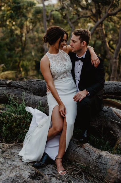 PERTH WEDDING QUARRY AMPHITHEATRE BRIDAL GOWN ZACH TAYLOR PHOTOGRAPHY
