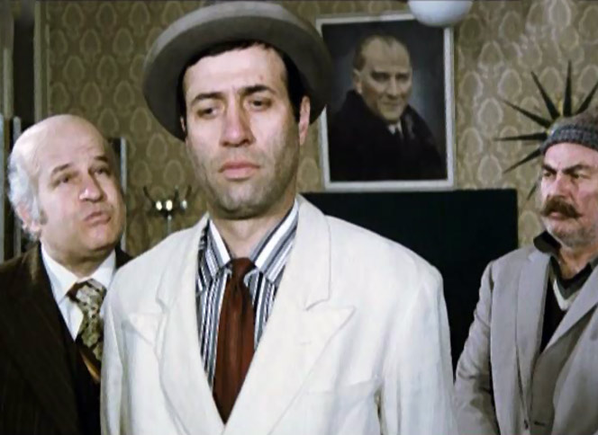 Üç Kağıtçı Film İzle Kanal 7 Salı 22.50'de