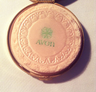 compact,vintage compact, vintage girl, vintage girl compact,