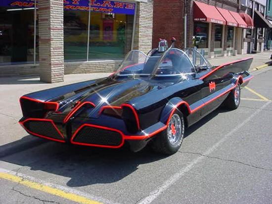 Batman TV Series Batmobile 550x412