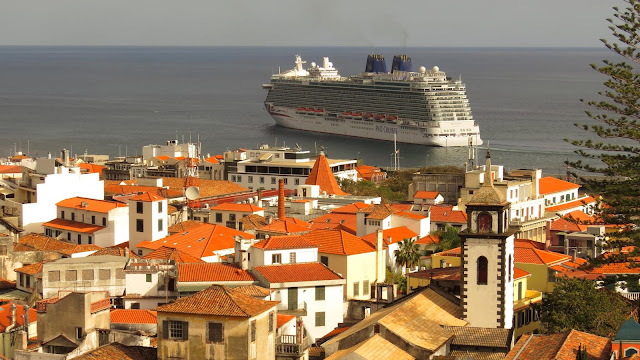 the cruise ship and the city