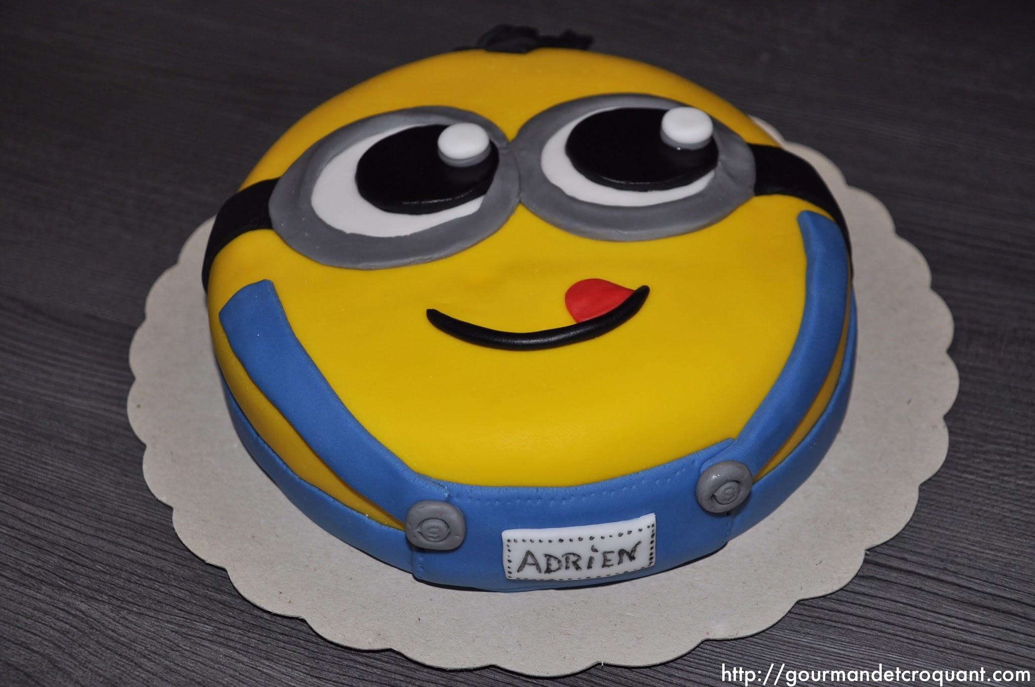 Cake-minions-pate-sucre-enfants-theme