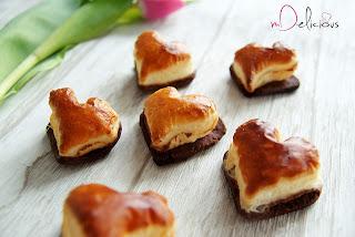 walentynki, ciastka na walentynki, ciasteczka na walentynki, słodycze walentynkowe, kruche ciastka walentynkowe, ciasteczka z kruchego ciasta