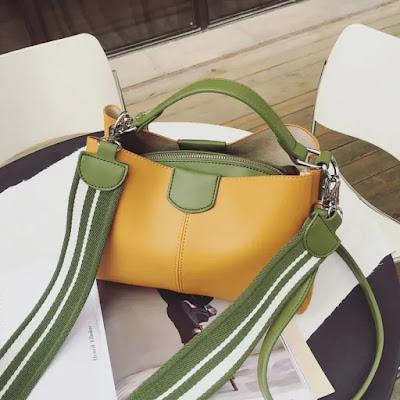 Tas Selempang Korea Fashion Style Perempuan Tas Bucket Kapasitas Besar Memukul Warna (Kuning)   - HUJAN DISKON