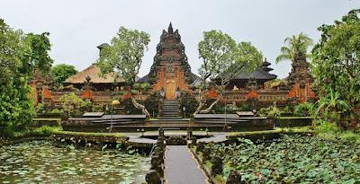 rekomendasi-tempat-romantis-di-indonesia-ubud-bali