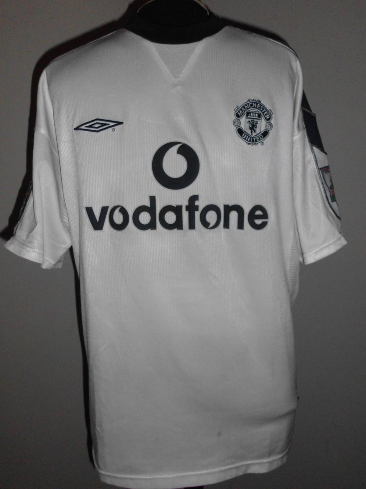37175f38464 O Futebol Inglês Veste a Camisa - Manchester United