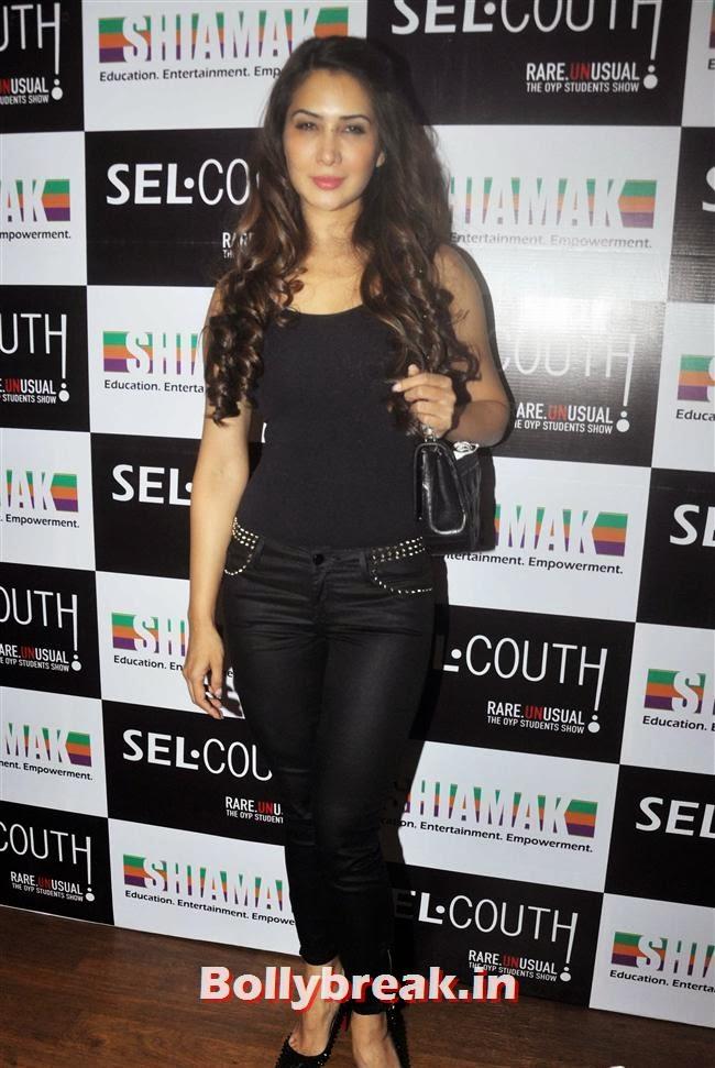 Kim Sharma, Shiamak Davar Selcouth Show